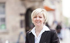 Claudia Hartlöhner, Luther-Hotel, F & B Manageress