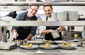Küchendirektor Christian Hirsch und Küchenchef Stefan Schuck