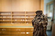 Lutherfigur an der Rezeption im Luther-Hotel in Wittenberg